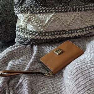 Dooney and Bourke wallet